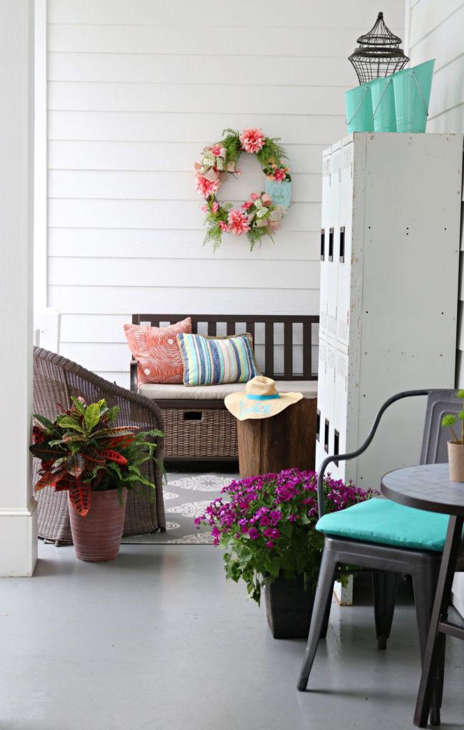 Side porch bench