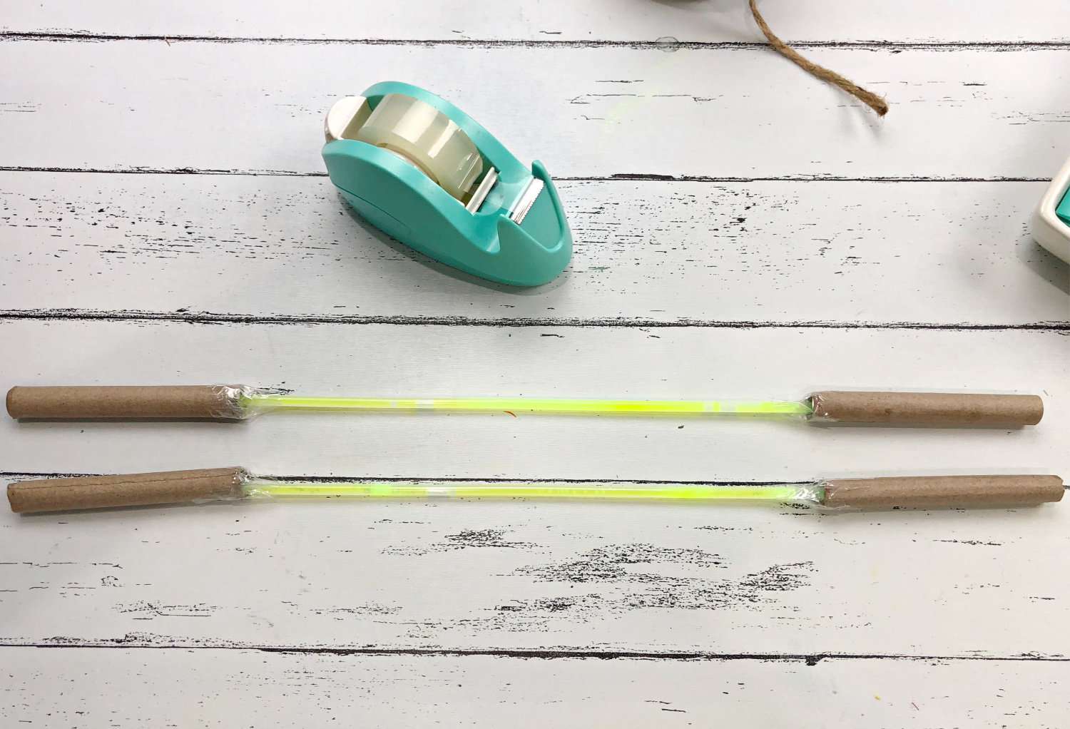 make a scroll rod