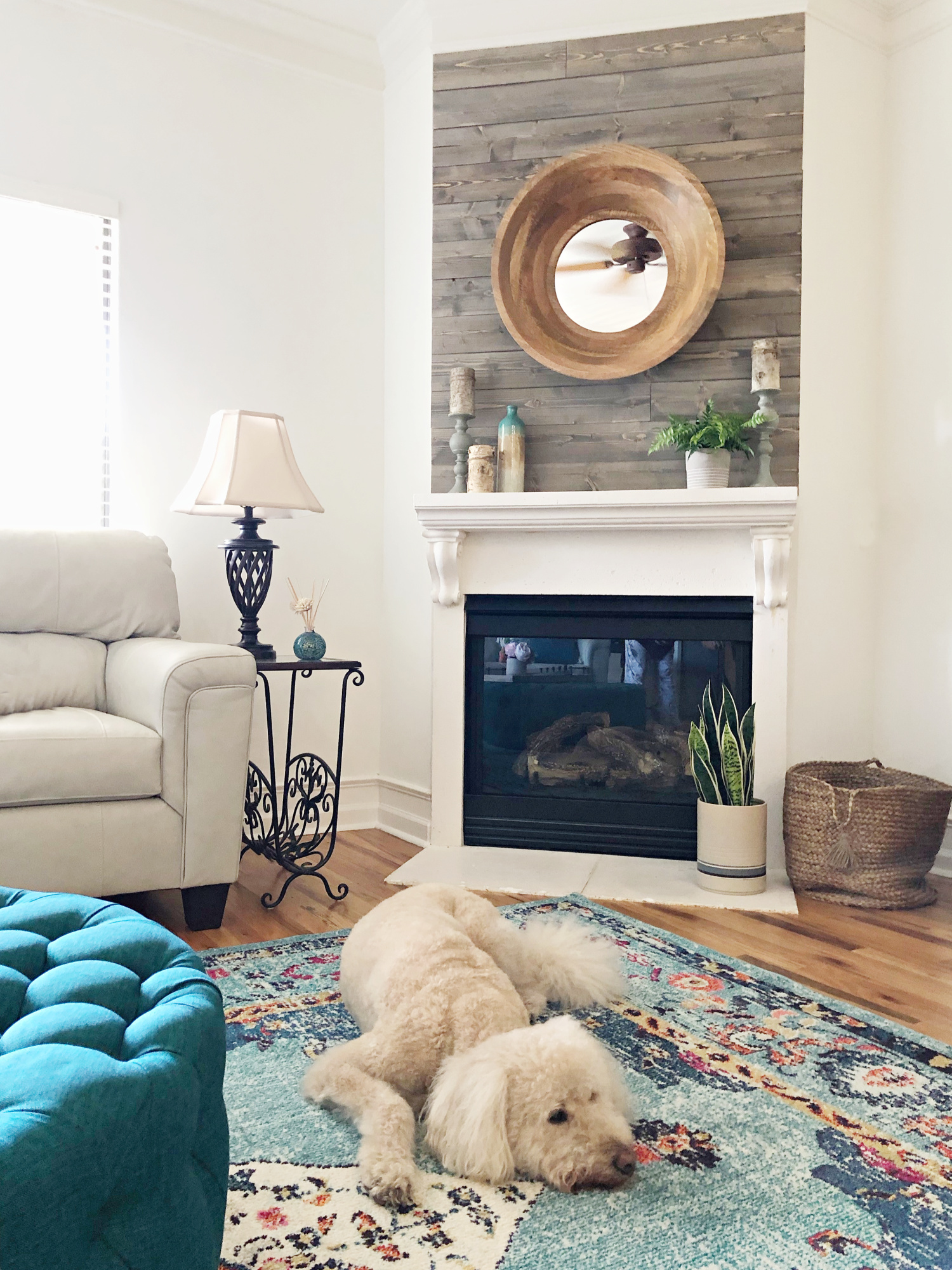 Teal home decor ideas - TEAL LIVING ROOM DECOR - LAKE CONDO or Beach
