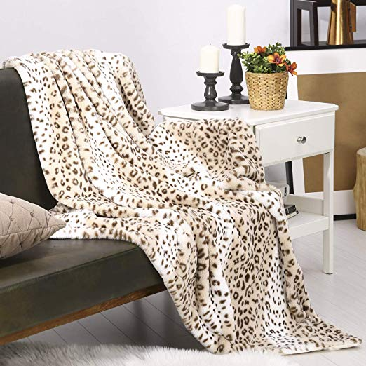 Cheetah Faux Fur Blanket | Warm and Cozy Gift Ideas