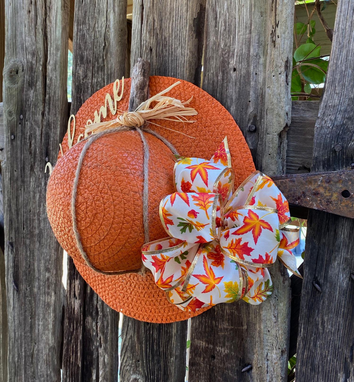 hat idea for a pumpkin door idea